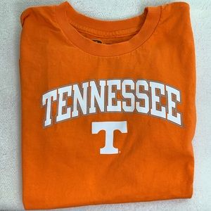 Tennessee tee size 8 short sleeve orange